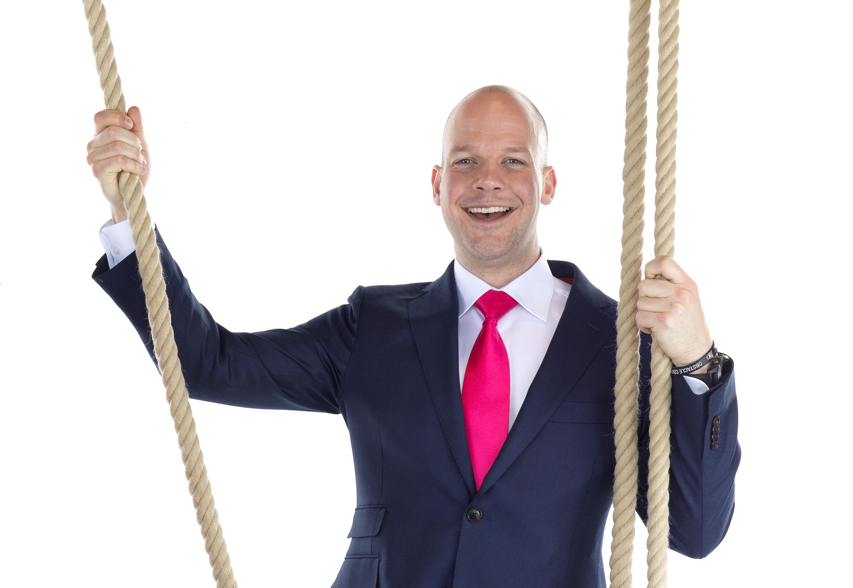 Openingsdans trainer en eigenaar Vincent Verbeek